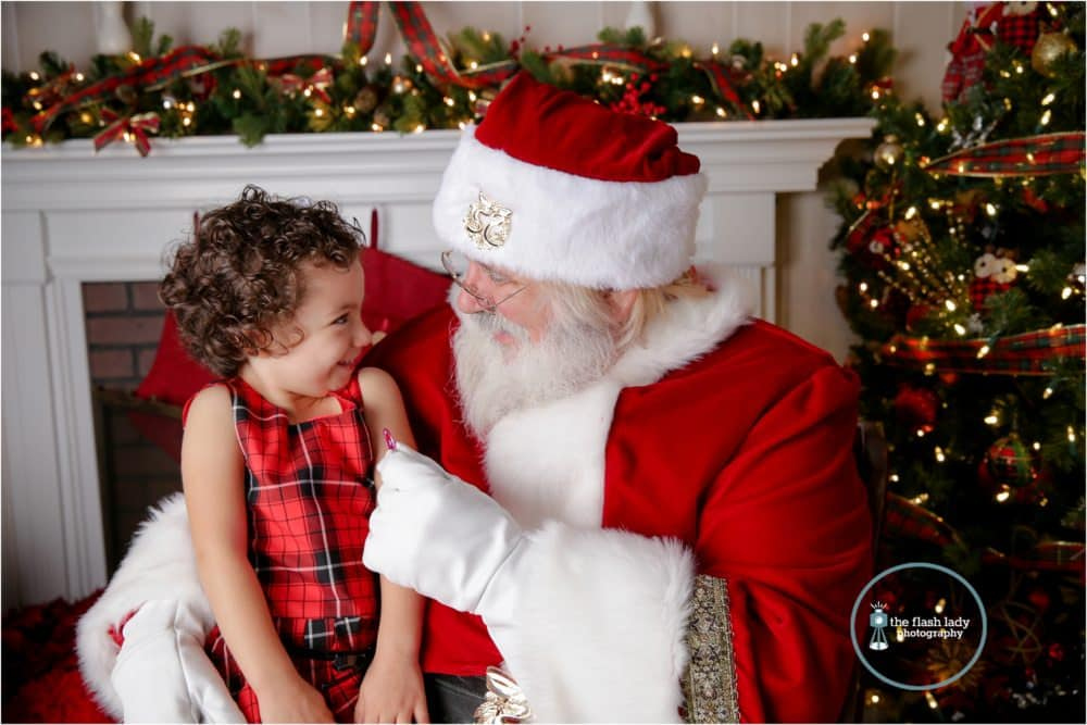 Christmas photo sessions with Santa Claus at The Flash Lady Photography