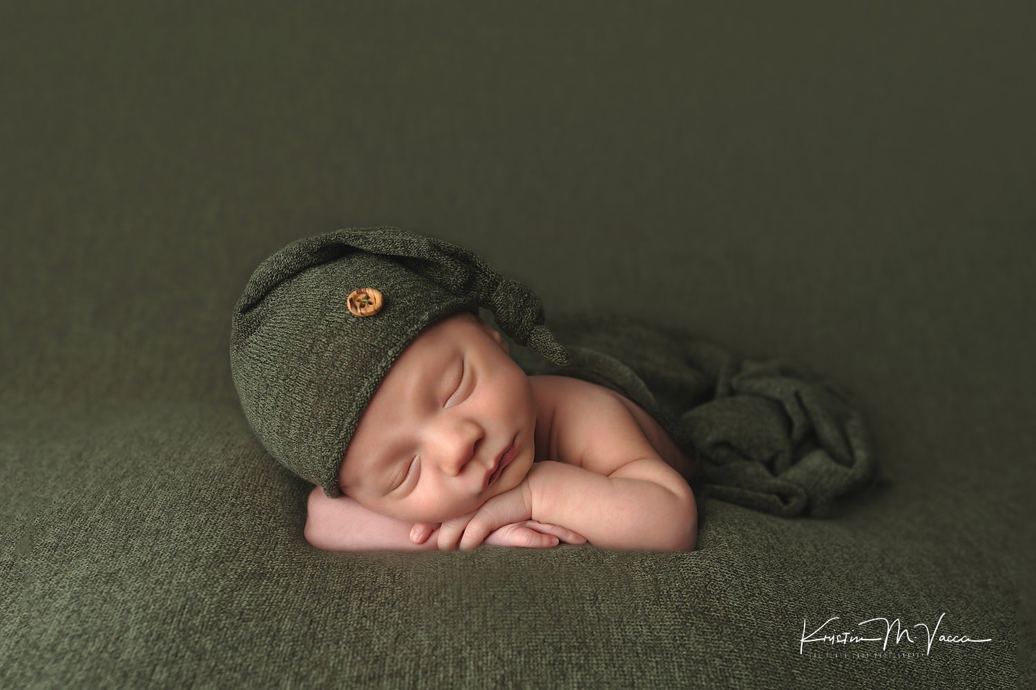 Creative newborn photography with baby alden by avon connecticut newborn photographer the flash lady photography