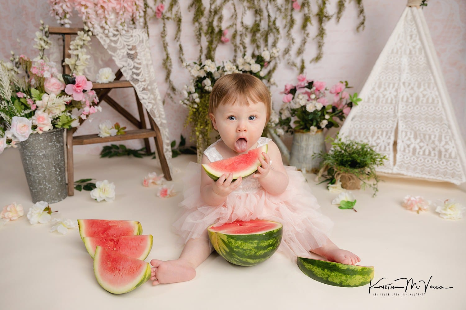 Photos from baby Hailey's watermelon birthday smash by Southington, CT photographer The Flash Lady Photography
