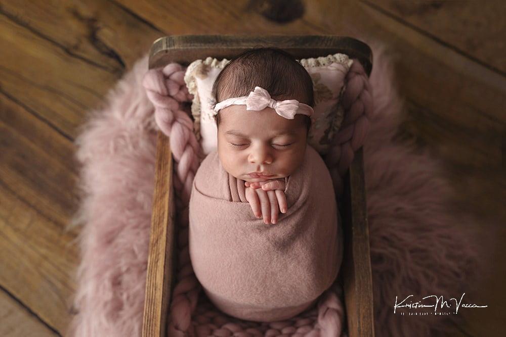 Beautiful newborn photos of baby Amina by The Flash Lady Photography