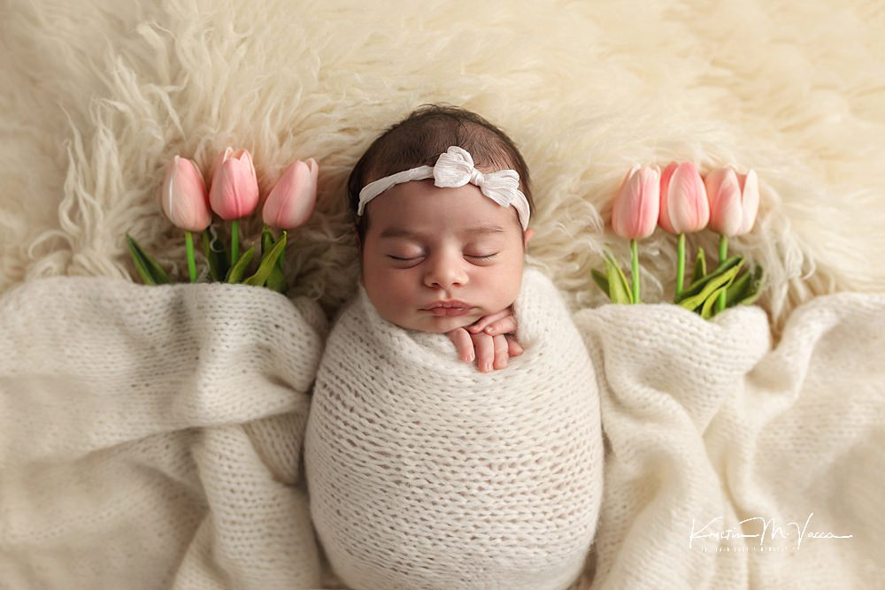 Beautiful newborn photos of baby Amina by The Flash Lady Photography