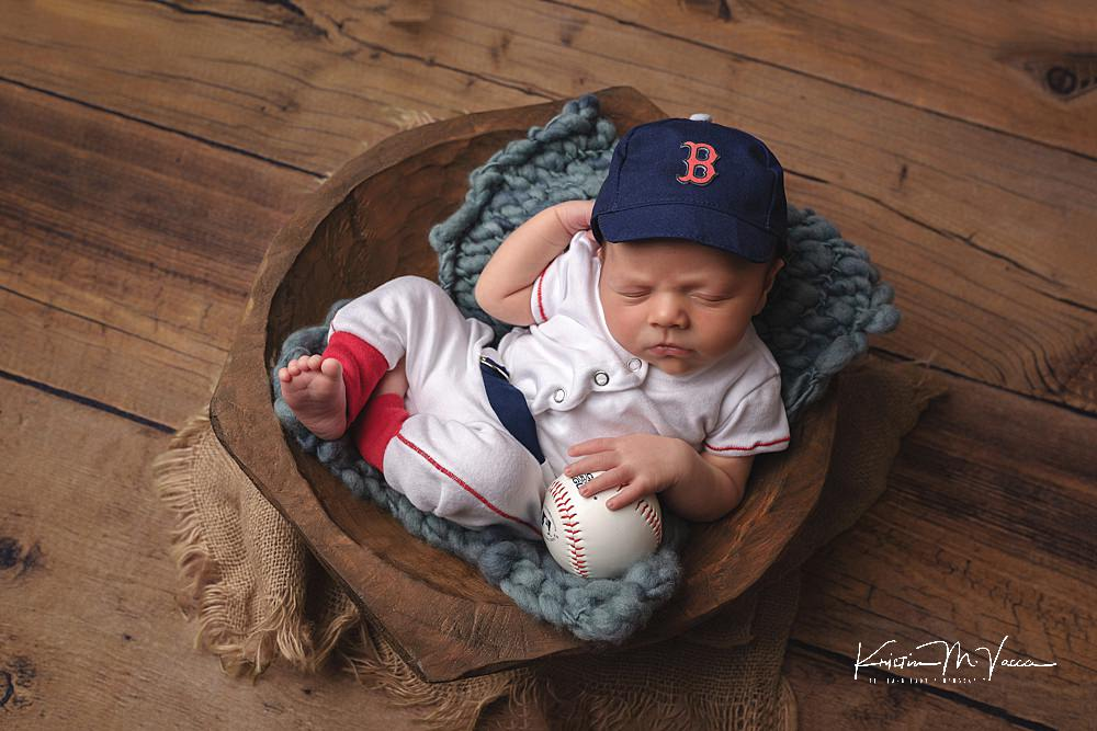 Professional newborn photography of baby Luis by The Flash Lady Photography.