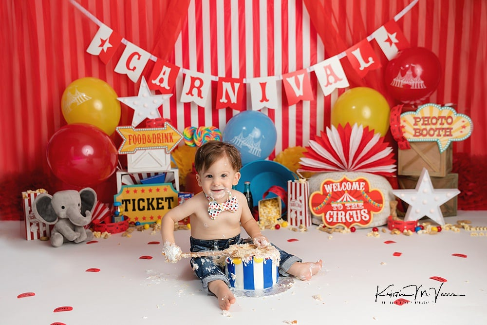 Carnival cake smash with Jaxon by The Flash Lady Photography