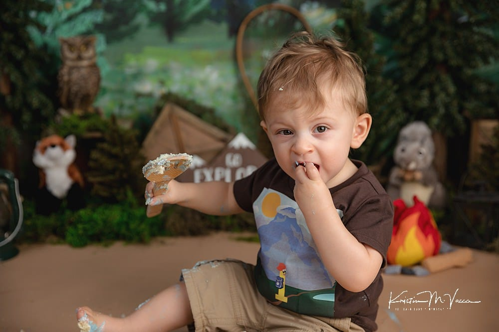 Camping cake smash with twins Forest & Mountain by The Flash Lady Photography