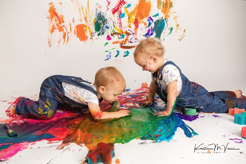 Twin paint smash with Thea & Connor by The Flash Lady Photography