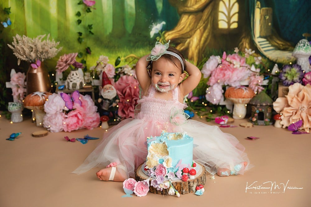 Fairy garden cake smash by The Flash Lady Photography