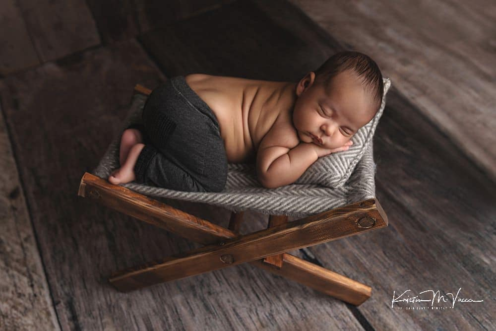 6 week newborn photos with The Flash Lady Photography