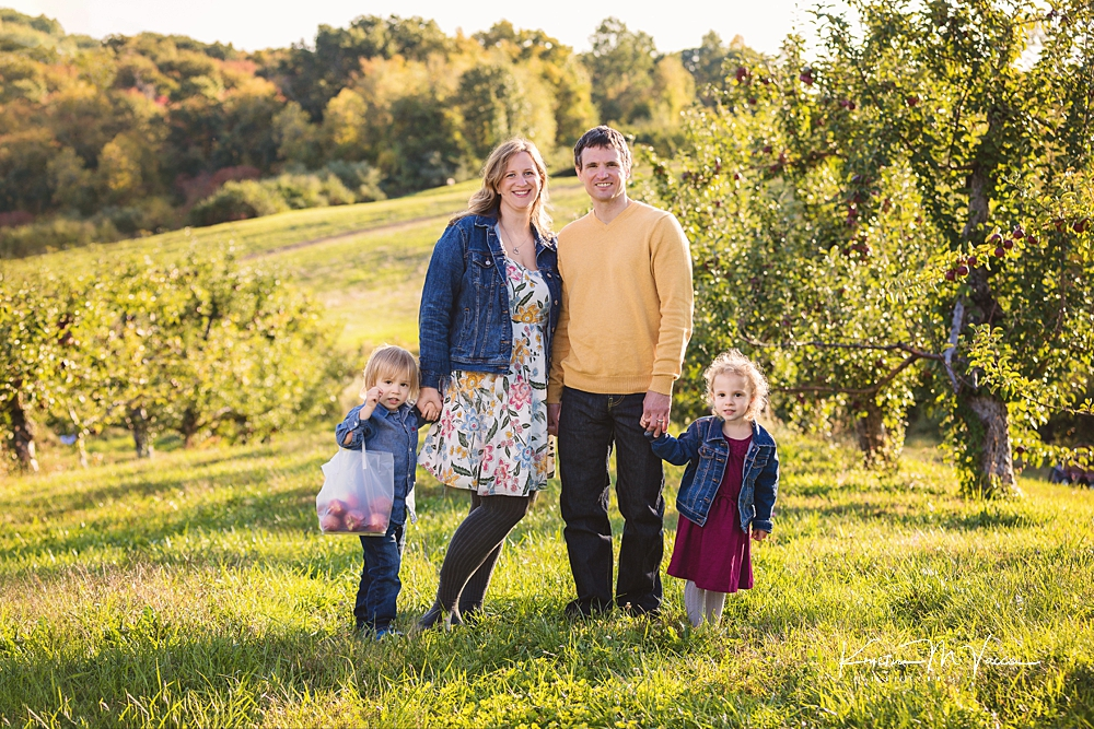 Apple picking fall photos by The Flash Lady Photography