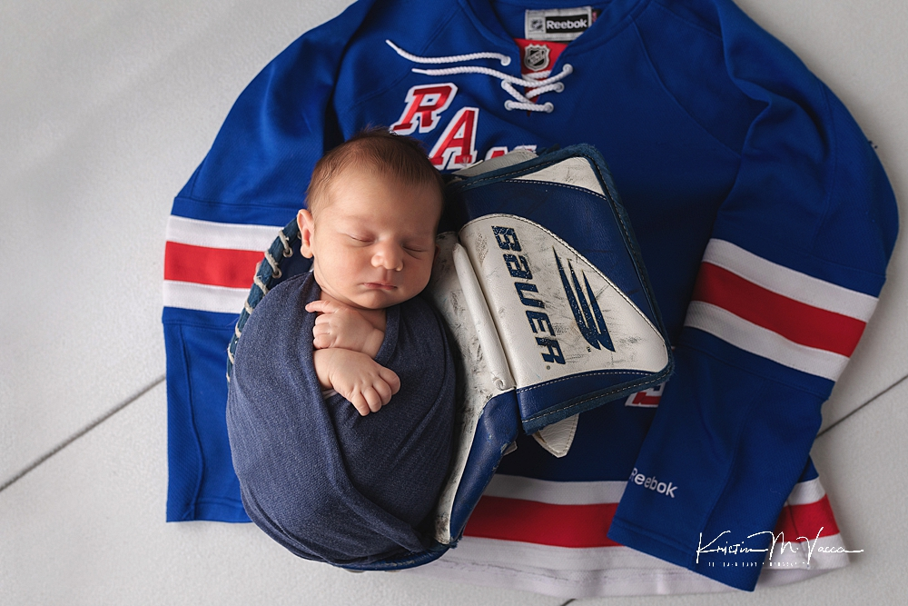Hockey newborn photos by The Flash Lady Photography