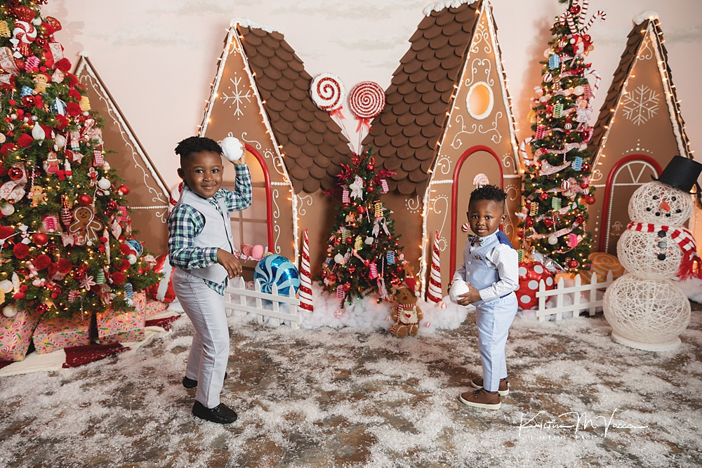 Gingerbread Village Christmas Photos by The Flash Lady Photography