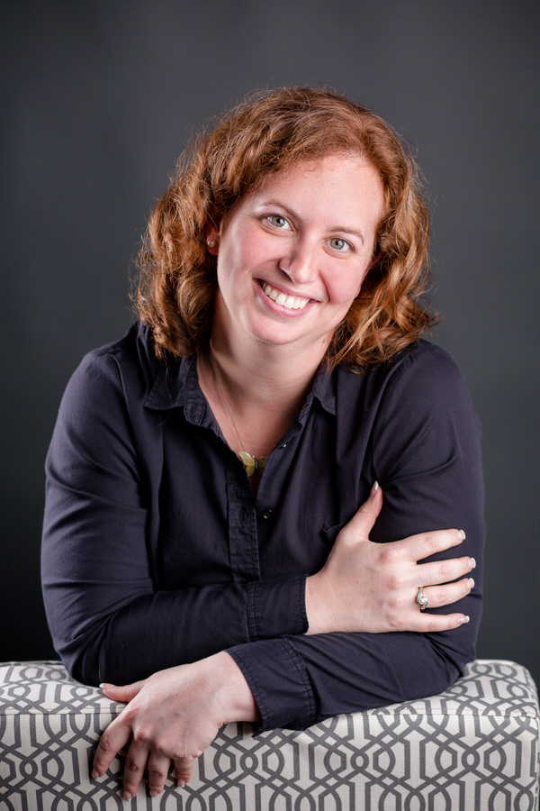 -17Dr-Julie-Keen-Professional-Headshots