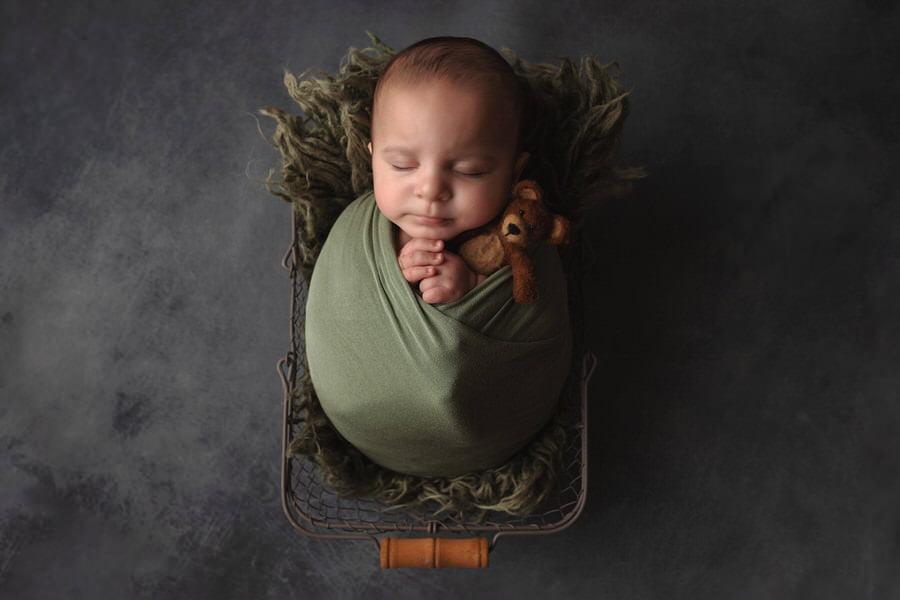 -22Aaron-Preemie-3-Month-Milestone-Photos