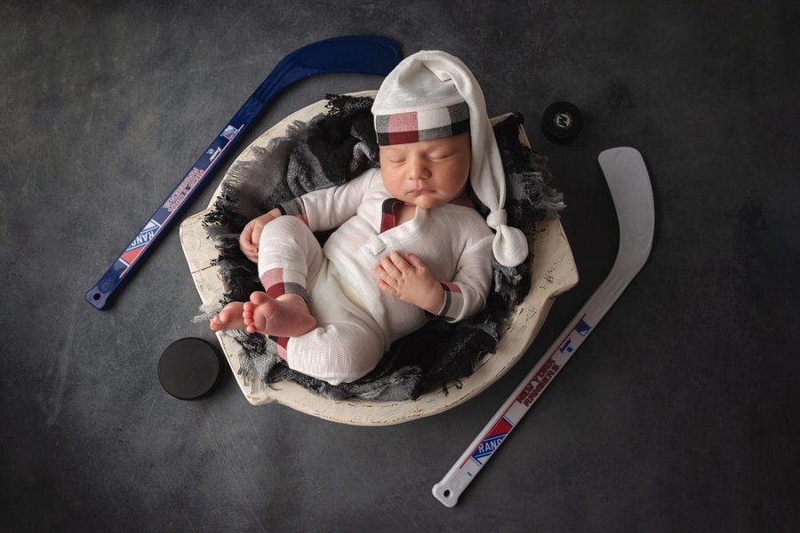 -36Baby-Boy-S-Hockey-Newborn-Photos