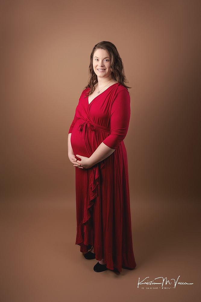 Winter studio maternity photos by The Flash Lady Photography