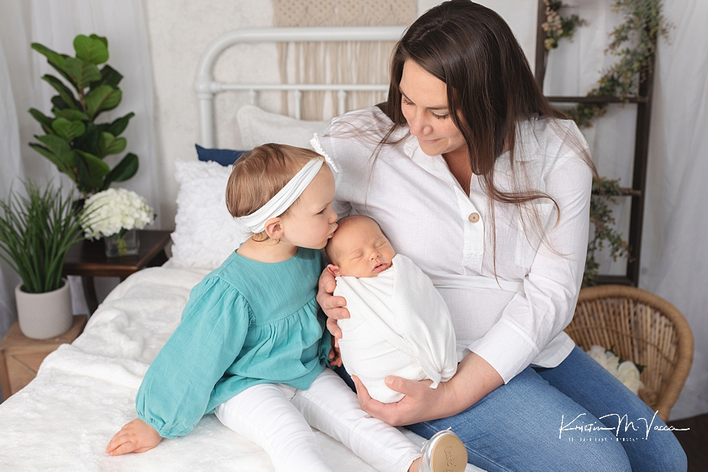 Blue & neutral newborn photos by The Flash Lady Photography