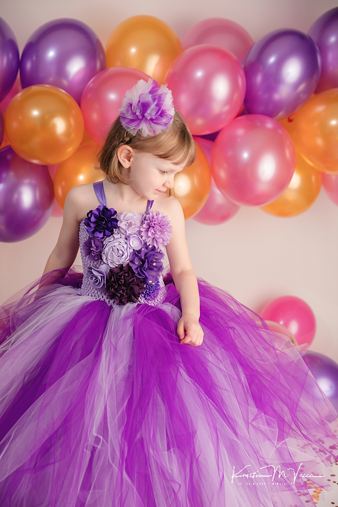 Sibling confetti photoshoot by The Flash Lady Photography