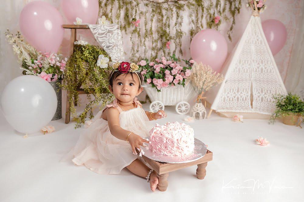 Elegant boho cake smash by The Flash Lady Photography
