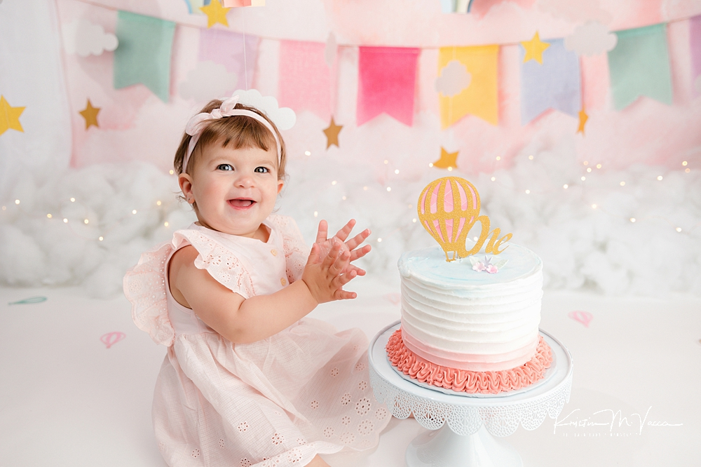 Hot air balloon cake smash by The Flash Lady Photography